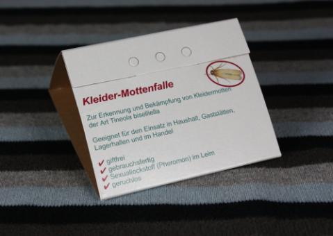 Kleidermotten-Falle 12 Pckg. mit je 2 Fallen
